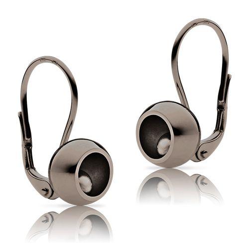 Golden ladies´ earrings